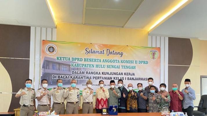 Dukung Akselerasi Ekspor, Ketua DPRD Dan Anggota Komisi II DPRD Kabupaten Hulu Sungai Tengah Sambangi Karantina Pertanian Banjarmasin